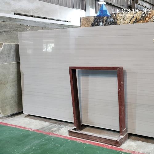 White Quarm