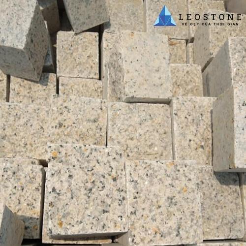 Đá Cubic Granite Vàng