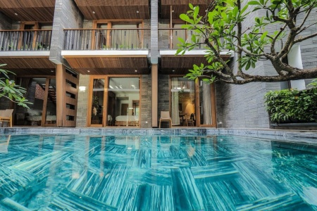 Ốp Lát Bể Bơi